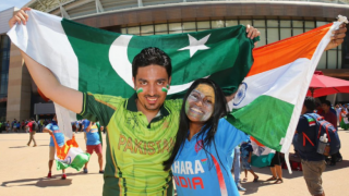 Piers Morgan unites arch-rivals as Pakistani journalist tweets in support of India