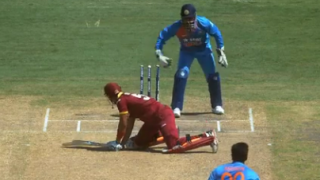VIDEO: Ravichandran Ashwin outfoxes Lendl Simmons with his guile